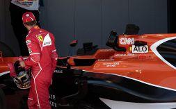 """Ferrari: """"Prendi me al posto di Vettel"""". Tifosi si scatenano"""