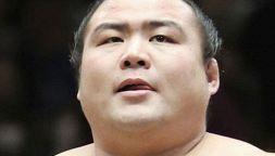 Morto per Covid primo lottatore di sumo: Shobushi aveva 28 anni