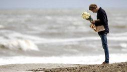 Tragedia nel mondo del surf: cinque ragazzi perdono la vita