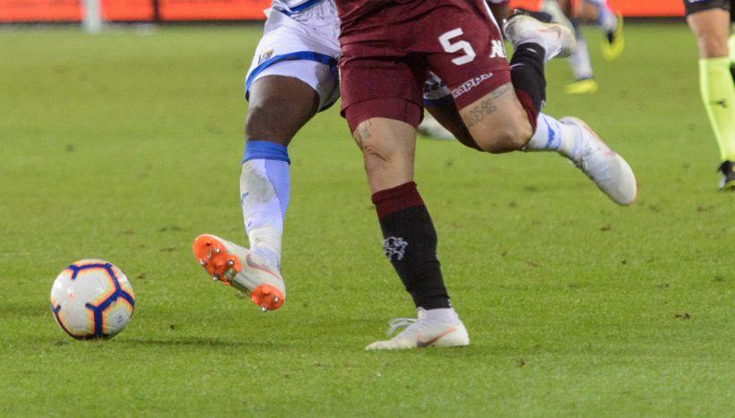 """Douglas Costa: """"Calcio italiano totalmente differente"""""""