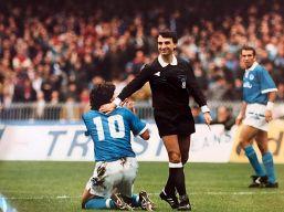 Giocò con Maradona a Napoli, ora è un clochard povero e malato