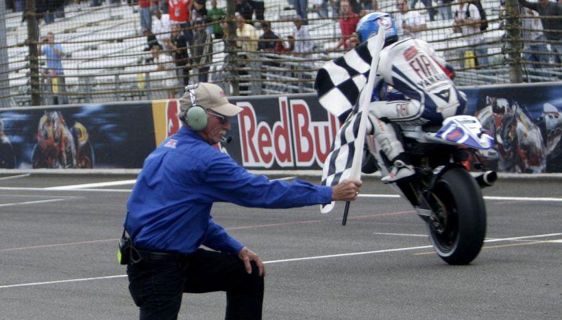 MotoGp: Dovizioso batte Marquez in volata, Rossi sul podio