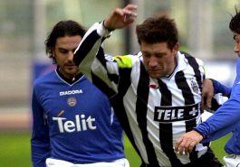 Doveva essere il nuovo Zidane alla Juve, ora fa il barista