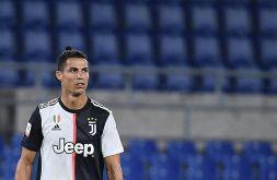 Feste e doppio tampone, Cristiano Ronaldo di nuovo nella bufera