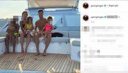 Cristiano Ronaldo raggiunge Georgina e i figli: post su Instagram