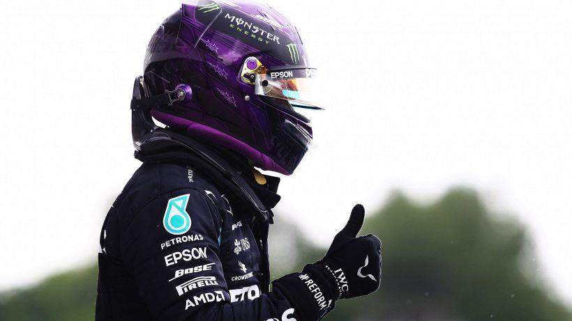 "F1, Hamilton: ""La macchina va quasi sui binari"""