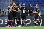 Euforia Milan, i tifosi scelgono il bersaglio sui social