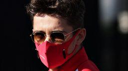 F1, non c'è pace per Leclerc: anche penalizzato, partirà 14°