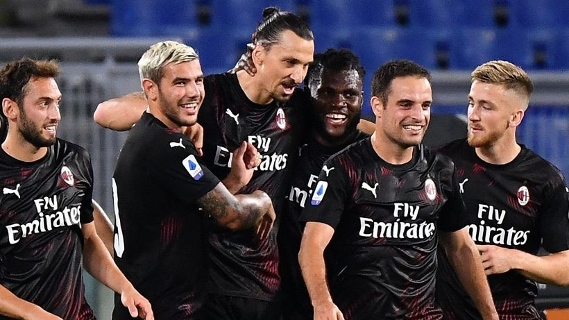 Il Milan e Ibrahimovic travolgono la Lazio, Juve verso lo scudetto