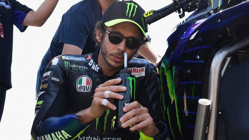 """MotoGP, Valentino Rossi e il momento nero: """"Devo farmi alcune domande"""""""