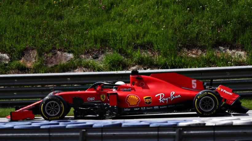 """F1, tifosi Ferrari furibondi dopo il pasticcio: """"Indegni"""""""