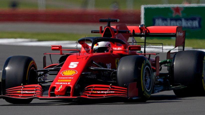 F1, prime libere Silverstone: Vettel va ko, Verstappen al comando