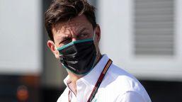 """F1, Wolff: """"Non mi aspettavo una Ferrari così"""""""