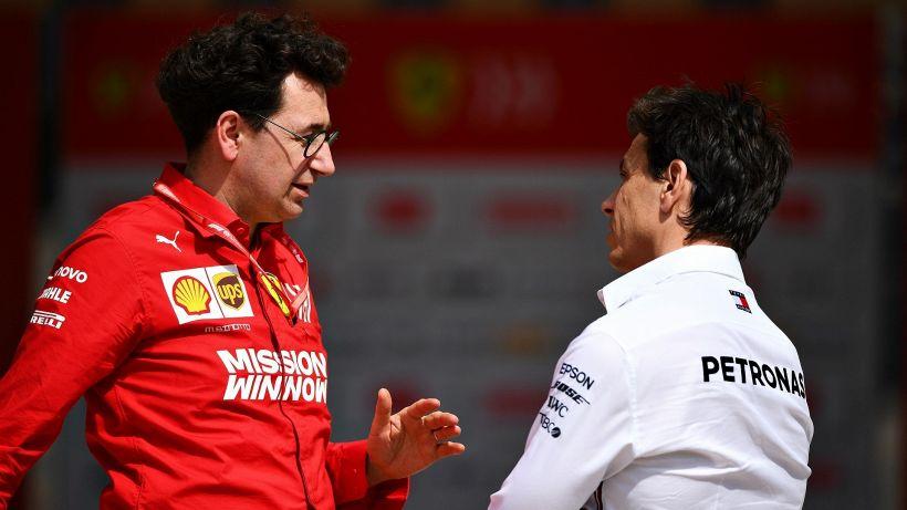 F1, Mercedes e Red Bull infieriscono sulla Ferrari: attacchi durissimi