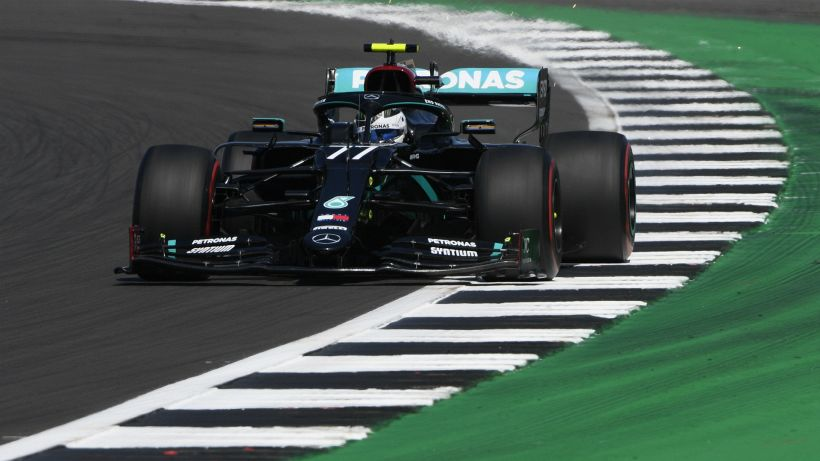 F1, libere 3 a Silverstone: dominio Mercedes, Ferrari in ritardo