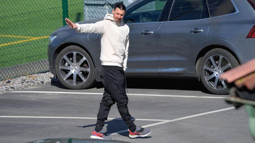 Rinnovo Ibrahimovic, colpo di scena: Raiola gela il Milan