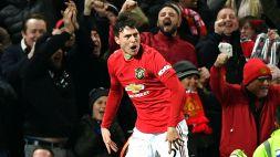 Manchester United, Lindelof sventa una rapina