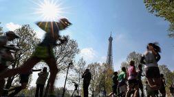 Coronavirus, cancellata la maratona di Parigi