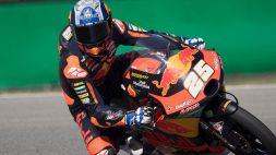 Moto3, pole di Aragon a Fernandez