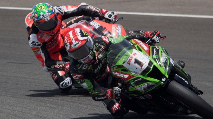 Superbike, Rea domina in Portogallo