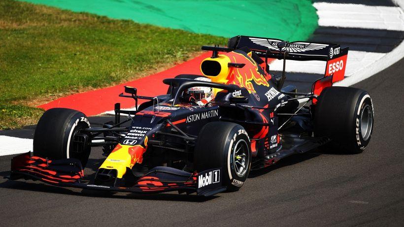 F1, Verstappen batte la Mercedes. Leclerc quarto, disastro Vettel