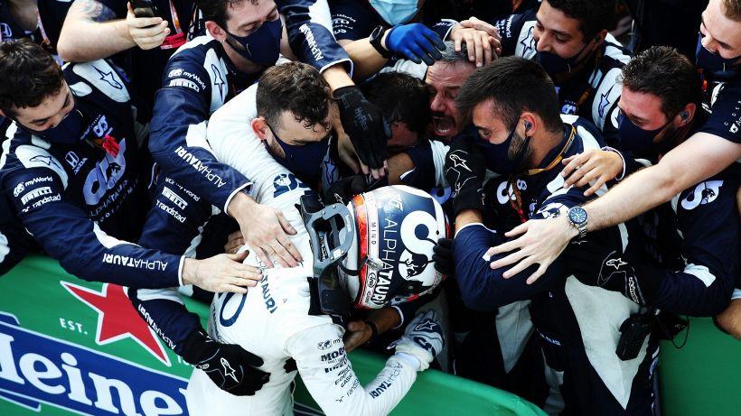 F1, Gp di Monza pazzo: vince Gasly, Sainz secondo. Ferrari ritirate