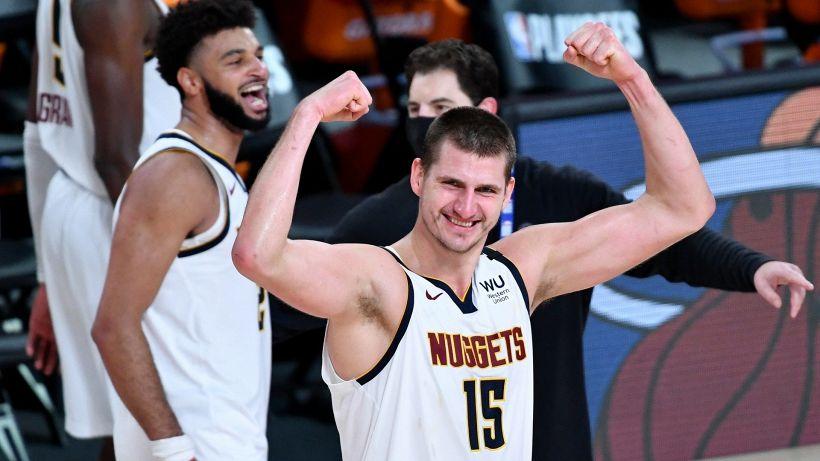 NBA: uno Jokic da urlo fa volare i Nuggets