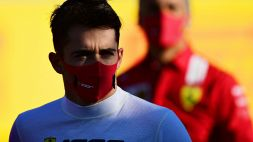 """F1, Ferrari: Leclerc esulta, Vettel sconsolato: """"Non riesco a guidare"""""""