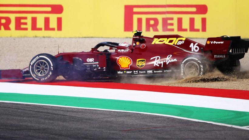 F1, libere Mugello: cala la Ferrari. Testacoda per Leclerc e Vettel