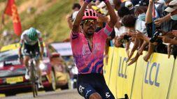 Tour: Martinez vince la 13esima, Roglic allunga