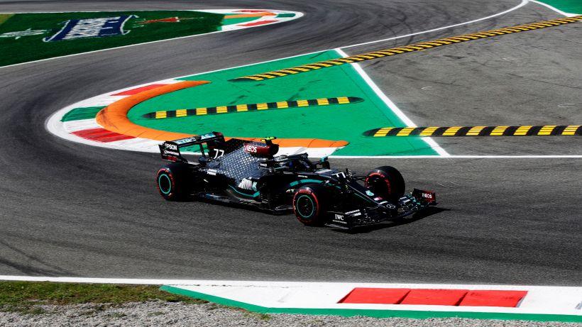 F1, libere a Monza: Mercedes davanti, male le Ferrari
