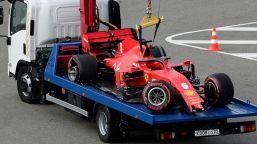 F1, pole Hamilton. Incubo Ferrari: Leclerc eliminato, Vettel a muro