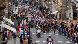 L'Etna stravolge il Giro d'Italia: crolla Thomas, bene Nibali