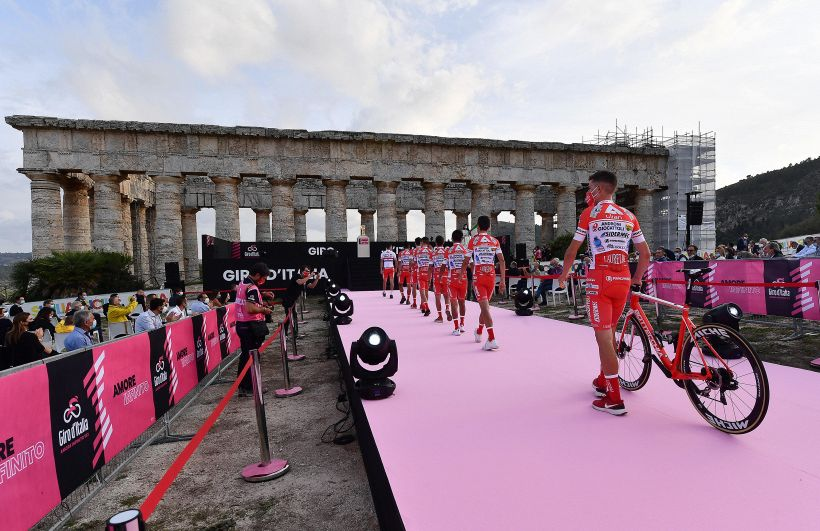 Giro d'Italia 2020: i numeri di tutti i corridori in gara