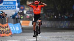 Giro, Cerny vince la tappa della discordia. La polemica resta accesa