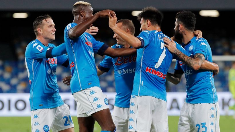 """Il Napoli annuncia: """"Tamponi giocatori tutti negativi"""""""