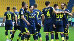 Parma, due calciatori 'ripositivizzati' al Covid-19