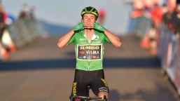 Vuelta, Roglic primo a Moncalvillo. Carapaz sempre in rosso