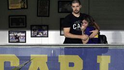 L'emozione di Dalma Maradona per l'omaggio a Diego alla Bombonera
