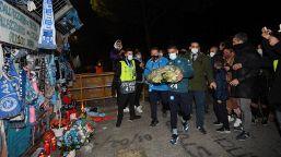 Maradona, il gesto commosso di Lorenzo Insigne
