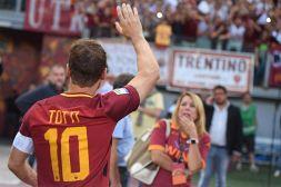 Totti: prima tv tra emozioni, polemiche e gaffe