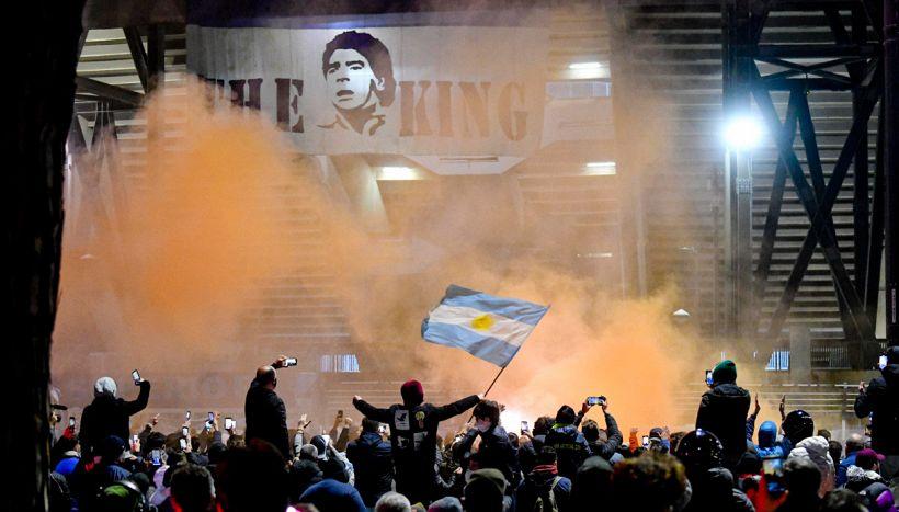 """Napoli, i tifosi non dimenticano: """"Parlava di rispetto"""""""