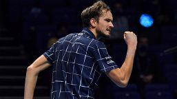 Australian Open, Medvedev lancia l'allarme