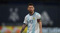 """Tevez: """"Non immagino Barcellona senza Messi, il calcio gli deve un Mondiale"""""""