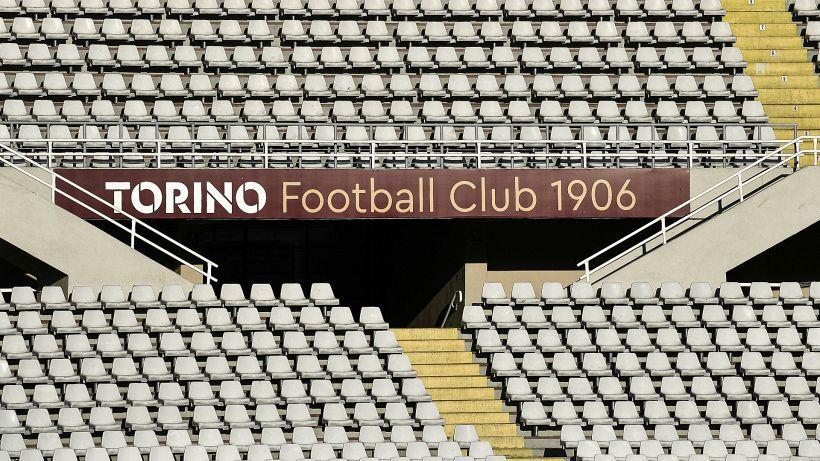 Lazio-Torino in bilico: sui social si scatena la polemica