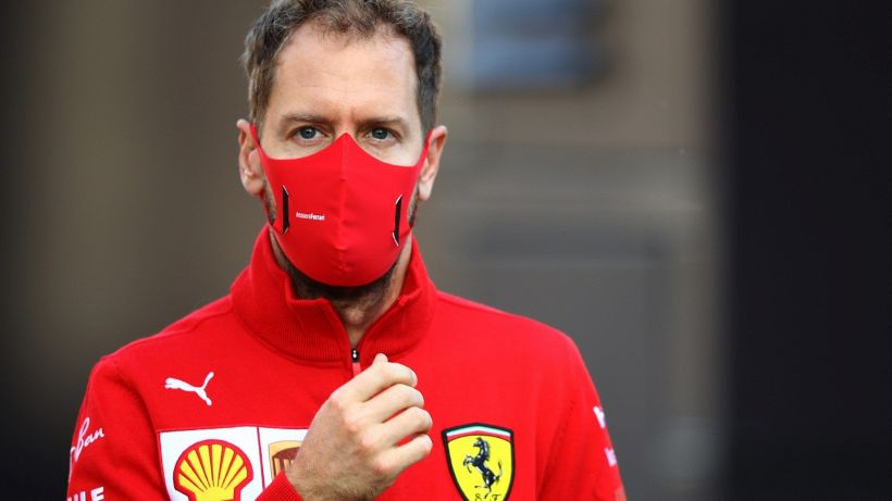 Red Bull, frecciata a Vettel ed Aston Martin