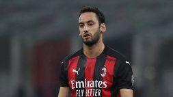Inter, ufficiale Calhanoglu: insulti social dai tifosi del Milan
