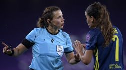Una donna arbitro anche in Europa League