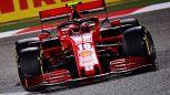F1: Ferrari troppo indietro, Leclerc va ko. Russell come Hamilton