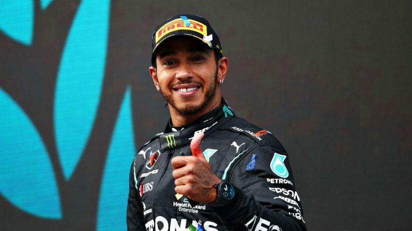F1: la Mercedes smentisce problemi per il rinnovo di Hamilton